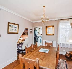 3 Bedroom House for sale in Cherry Orchard Lane, Salisbury