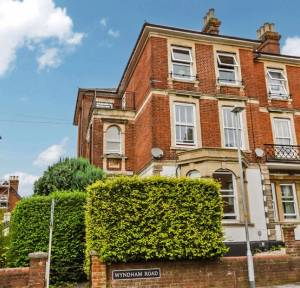 1 Bedroom Flat for sale in 41 Wyndham Road, Salisbury