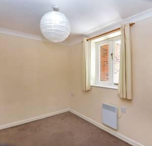 2 Bedroom Apartment / Studio for sale in Stonehenge Walk, Salisbury