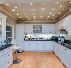 4 Bedroom House for sale in Hulse Road, Salisbury