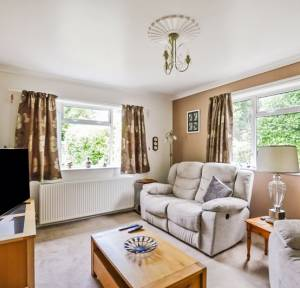 3 Bedroom Bungalow for sale in Andover Road, Salisbury
