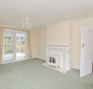 4 Bedroom Bungalow for sale in Stratford Road, Salisbury